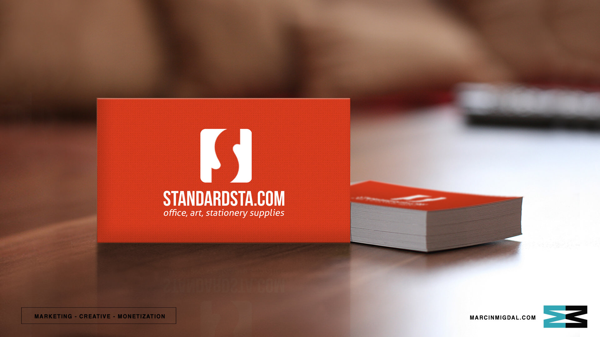 creative-director-marketing-director-marcin-migdal-custom-business-card-design-49corporate (1)